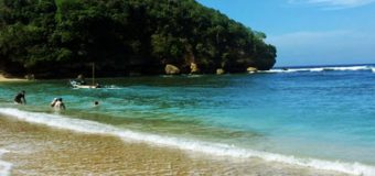 Pantai Ngliyep, Salah Satu Wisata Favorit di Malang